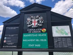 ロンドンの憩いの場、ハムステッド・ヒースへ
